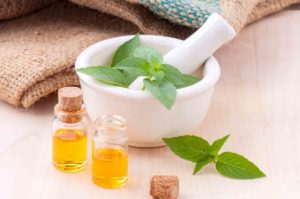17 Amazing Benefits Of Castor Oil