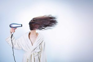 Simple tips on how to care for dry hair